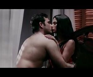 Veena-Maliks-Hot-Erotic..
