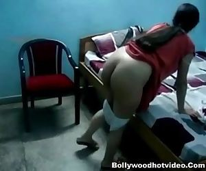 Desi Bhabhi Riding On..