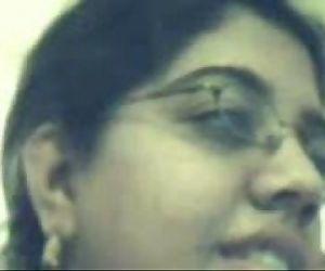 Indian gal at yahoo cam..