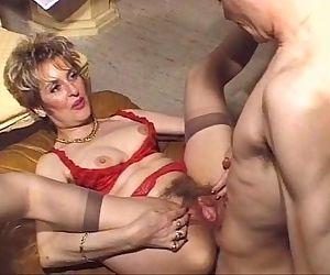 Mature hairy anal fuck..
