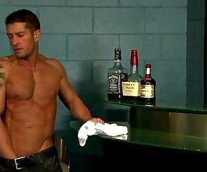 Check muscley hunk Cody..