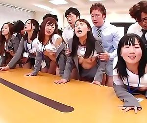 JAV huge group sex..