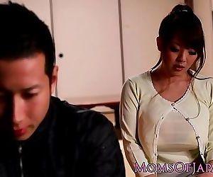 Mature Japanese Hitomi..