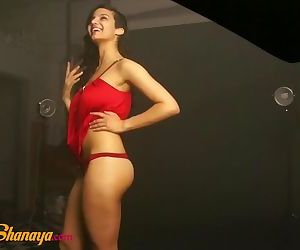 Sexy Indian Model Babe..