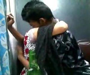 Indian Desi Girl In..