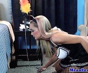 Lesbian frenchmaid..