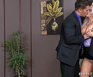 Brazzers - Holly Heart..