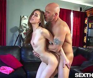 Riley Reid Blows Cock..