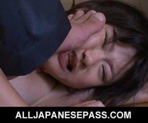 Japanese teen Aoba Itou..