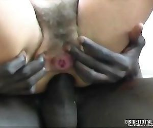Italian wife gets her..