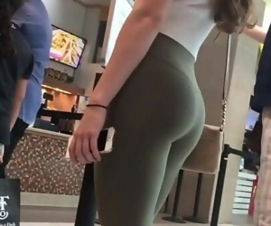 Candid Teen Butts in..