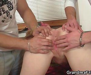 Skinny granny spreads..
