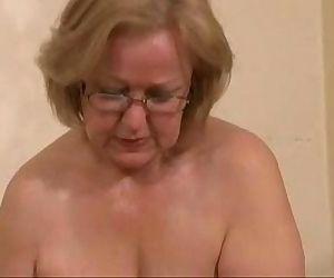 Gorgeous mature slut..