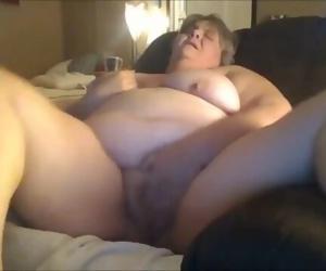 Fat Gilf Masturbating..
