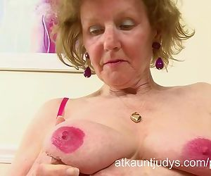 Over 60 GILF Pearl..