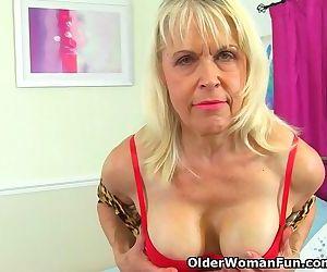 British gilf Lady..