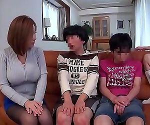 japanese family 2 h 11..