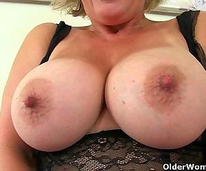 UK milf Danielle works..