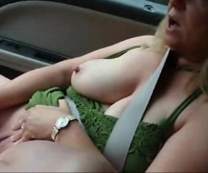 Great masturbation in..
