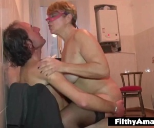 Pissing on a Milf!..