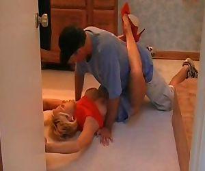 Blonde cougar banged in..