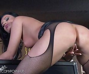 Vicky Love in sexy..
