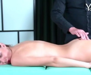 How to do Yoni massage