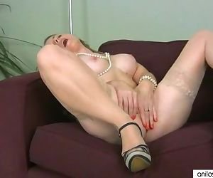 Real orgasm for mature..