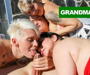 Sleazy Grannies Cumshot..