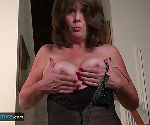 Horny Mature Jade in..
