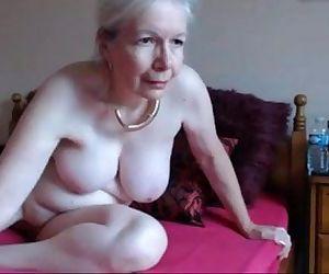 Büyükanne mastürbasyon