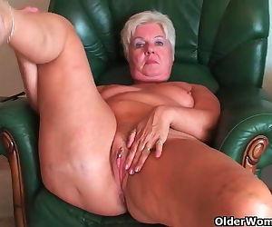 Bubble butt granny..