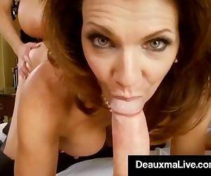 Sexy Milf Deauxma..