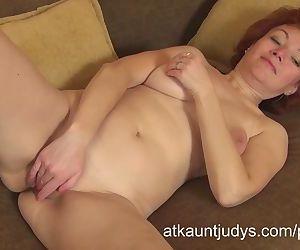 Mature Redhead Julia..