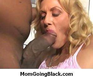 My big tits mom likes..