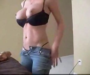 This Milf is too easy..