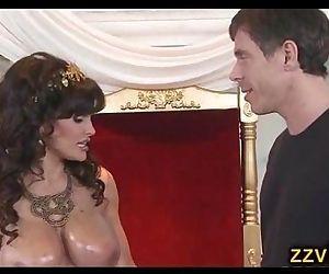 Beautiful booty milf..