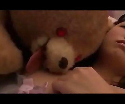 oso de peluche poseido..