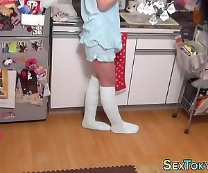 Japanese teen on spycam..