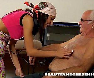 Teen nymph fuck an old..